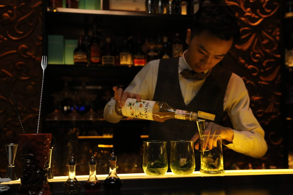 jiu-jie-ninth-street-mixing-drink-cocktail